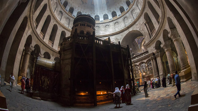 Jesus' tomb at Church of the Holy Sepulcher getting long-needed restoration