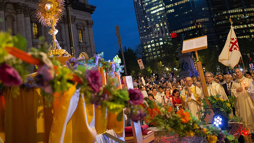 2019 Corpus Christi procession in the streets of Montreal