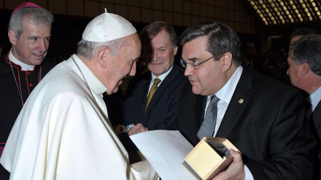Pope Francis is invited to Montreal's 375th