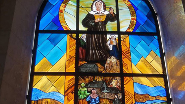 A stained-glass window honouring Marguerite Bourgeoys in France (Photo: Diocese of La Rochelle and Saintes)