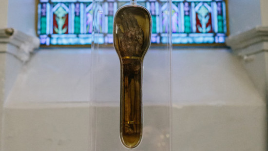 Saint Francis Xavier's relic during its recent pilgrimage in Canada (Photo: Catholic Outreach Canada)